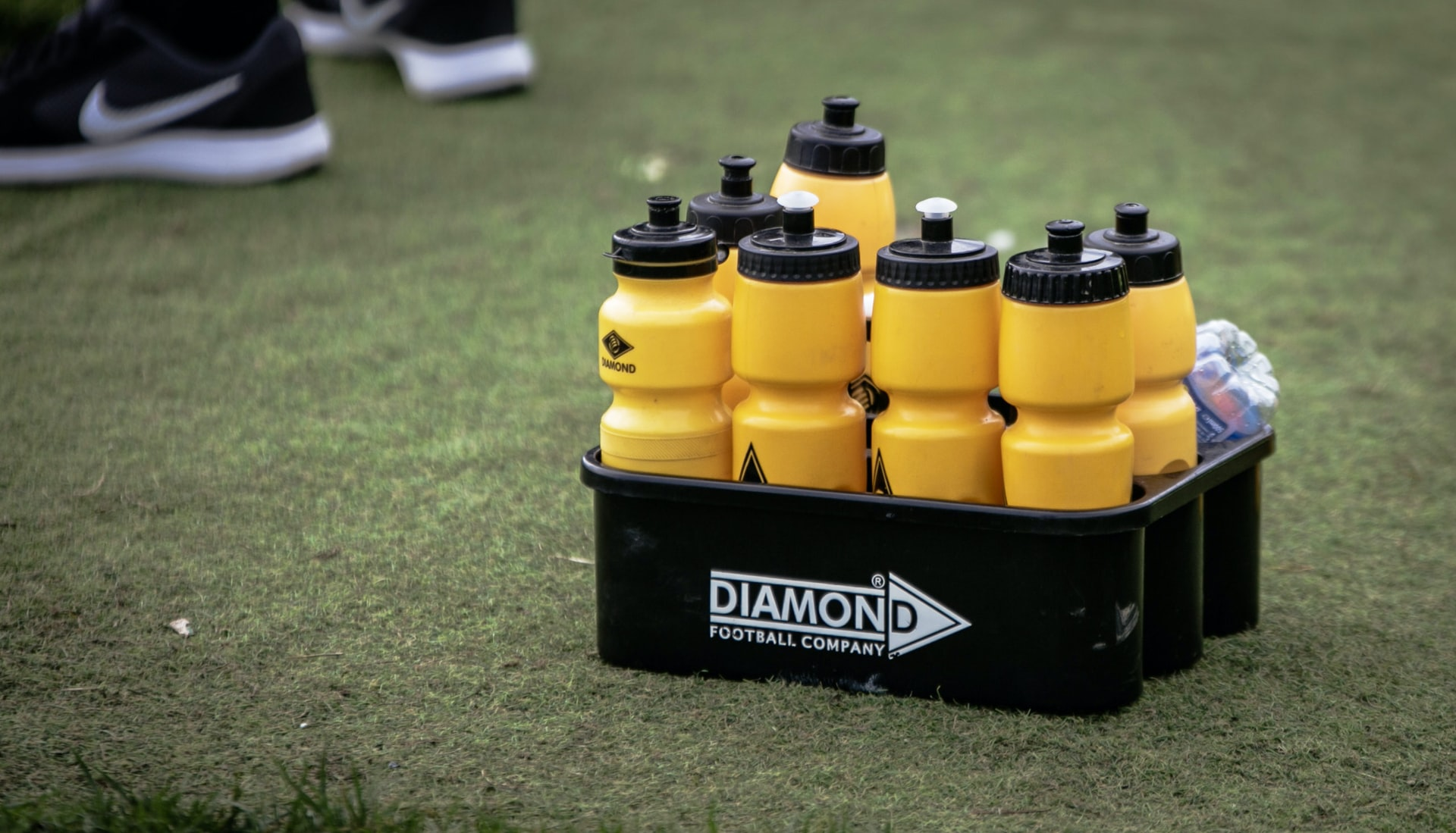 Water and hydration in football